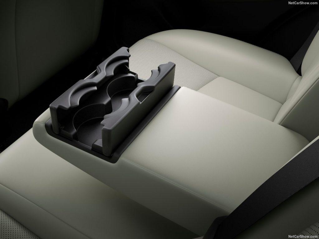 新型CX-3 内装