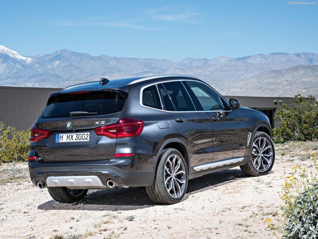 BMW X3のリア
