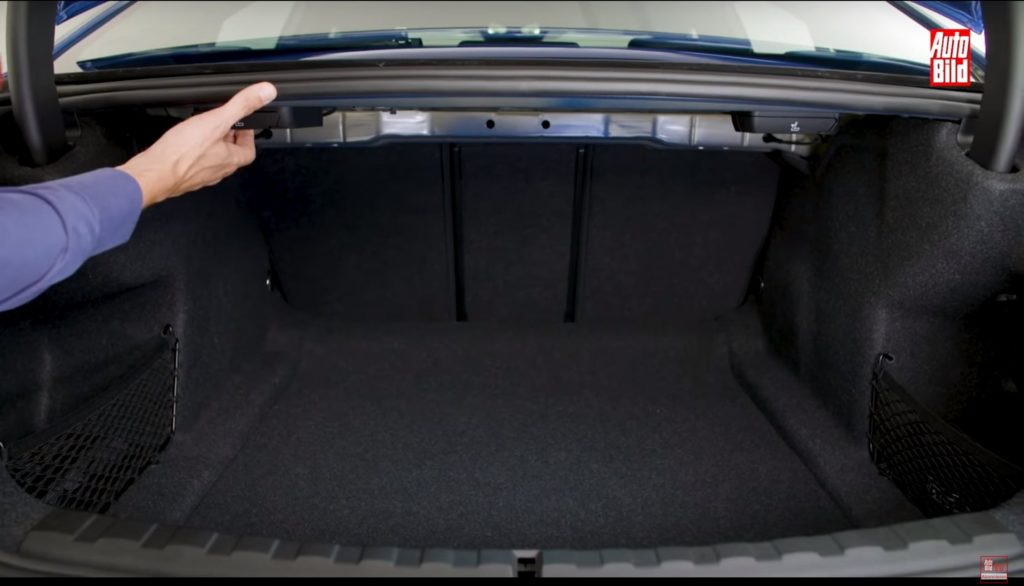 新型BMW3シリーズG20の荷室